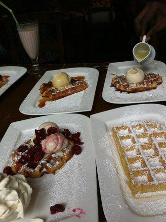 Maison Dandoy: waffles