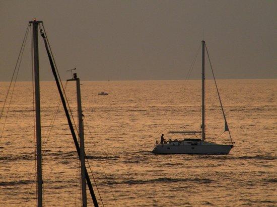Cafe Del Mar: barca