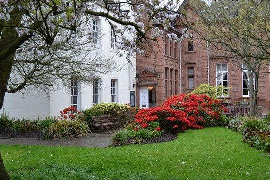 Tullie House: Museum Gardens