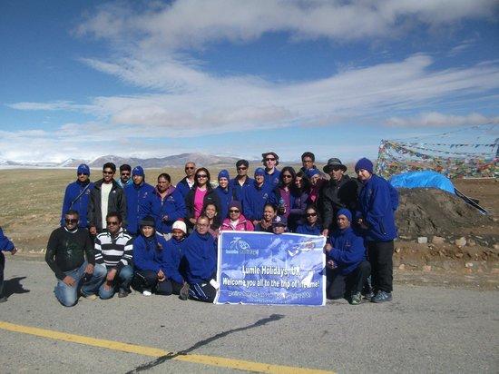 Lumle Holidays - Day Tours: Group Photo Mt. Kailash Trek Aug 2013