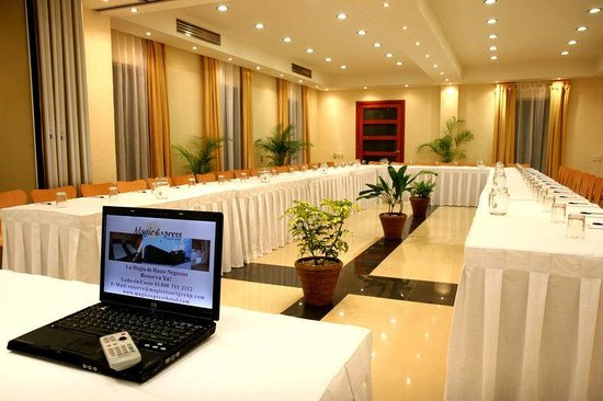 Hotel Magic Express: Meeting Room