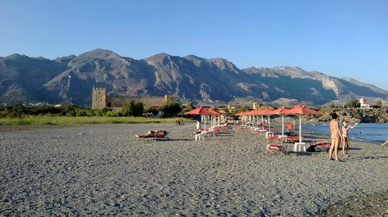 Flisvos Apartments: The beach at Frangokastello