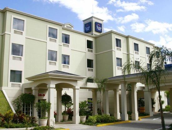 Sleep Inn Hotel Paseo Las Damas: Fachada Principal