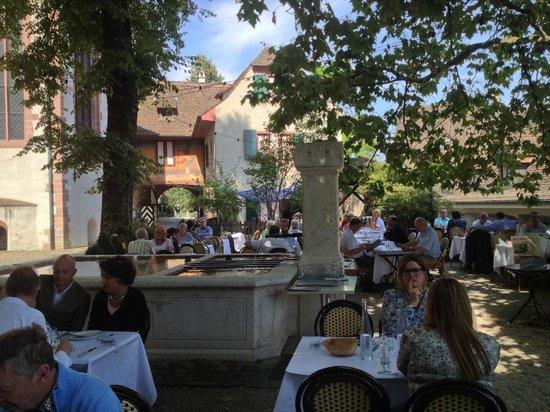 brasserie au violon: the open air are