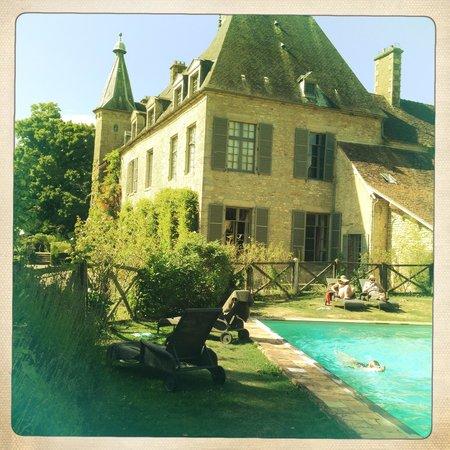 Château de Saint Paterne : Lovely by the pool