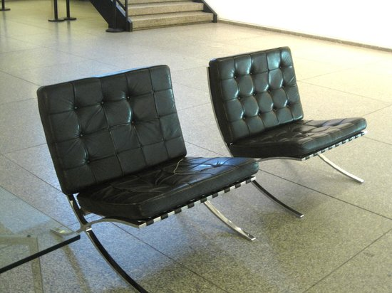New National Gallery (Neue Nationalgalerie): Chairs by Mies van der Rohe in the entrance