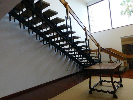 Hotel Porto Santo & SPA : Escalier suspendu, oeuvre d'un architecte des années 1960