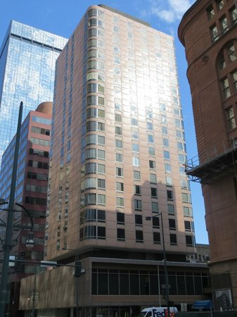 Holiday Inn Express Denver Downtown: the Comfort Inn tower on 17th St.