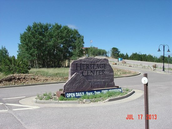 Cripple Creek Heritage and Information Center: Street entrance