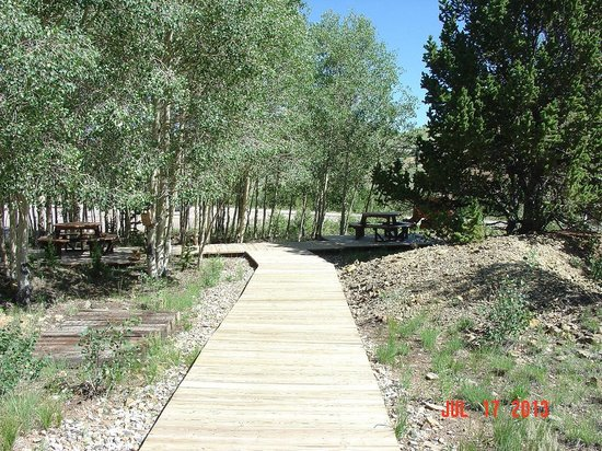 Cripple Creek Heritage and Information Center: picnic area