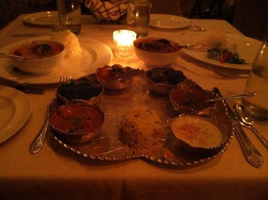 Bombay Club Restaurant : Bombay thali