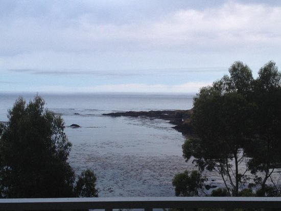 Little River Inn : A new day, the fog has lifted and what a view from the balcony outside our room!