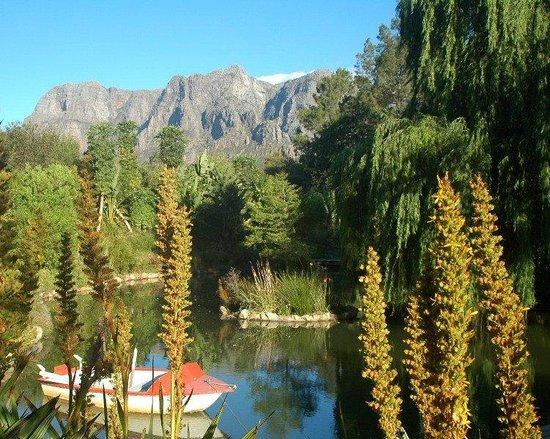DeKraal Country Lodge: Pond Paddeling