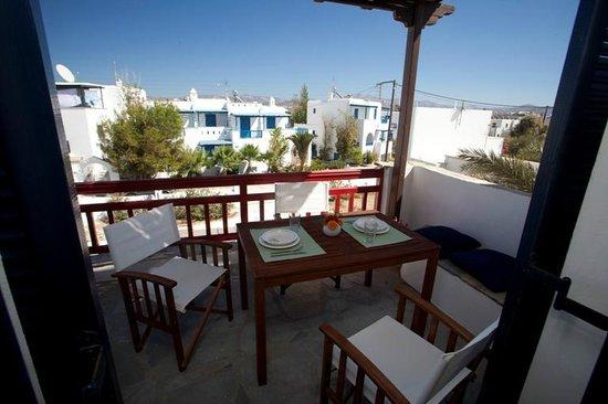 Elisso's Philoxenia: balcony