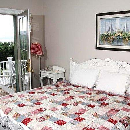 Esperanza Mansion Room