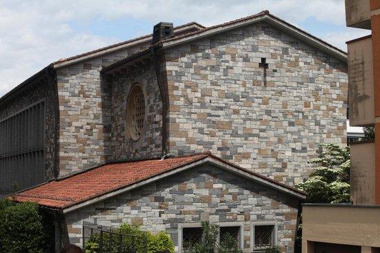 Saint Nicolao of Flue: il retro della chiesa