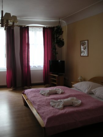 Pushkin Apartments: letto