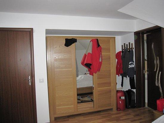 Buon Gusto: closet