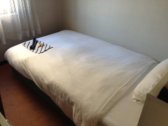APA Hotel Toyama : お部屋は可もなく不可もなく