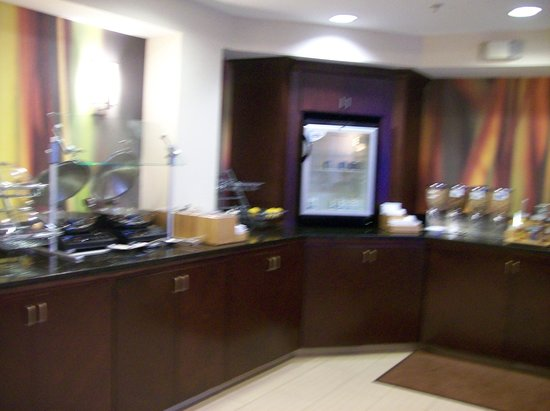 SpringHill Suites Florence : Breakfast Area