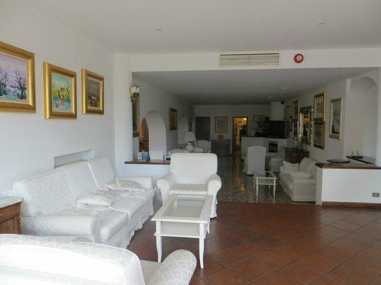 Hotel Iva : Joli Salon