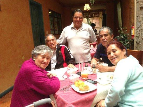 Hostal Ines Maria: El area del desayuno, acogedor
