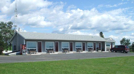 Ja-Sa-Le Motel : Motel Front