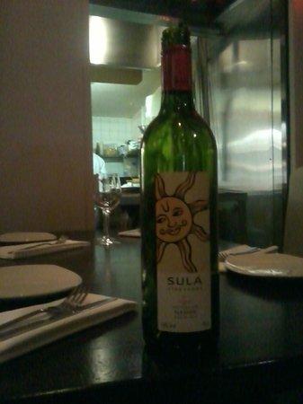 Guglee West Hampstead: red wine sula