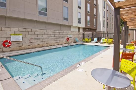 Home2 Suites by Hilton Jackson/Ridgeland: Outdoor Saline Pool