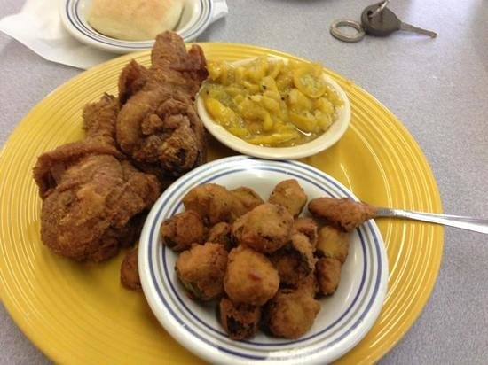 plate lunch at Pickens!