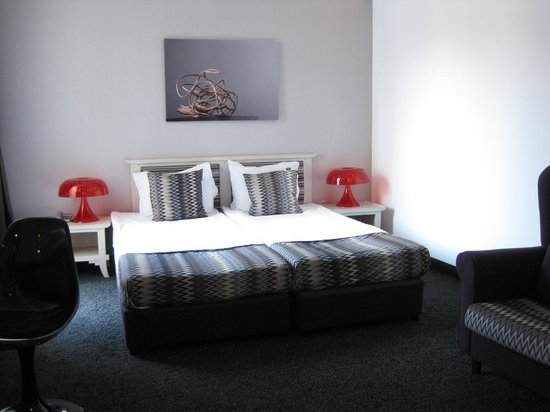 Hotel  Studio: Habitacion 4