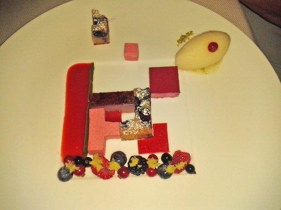 "Restaurant Haerlin: Nachspeise ""Tetris"""