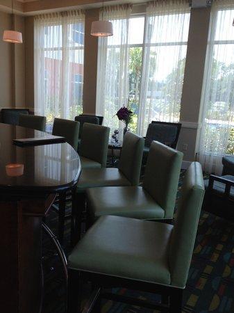 Hilton Garden Inn Tampa Airport Westshore: Bar