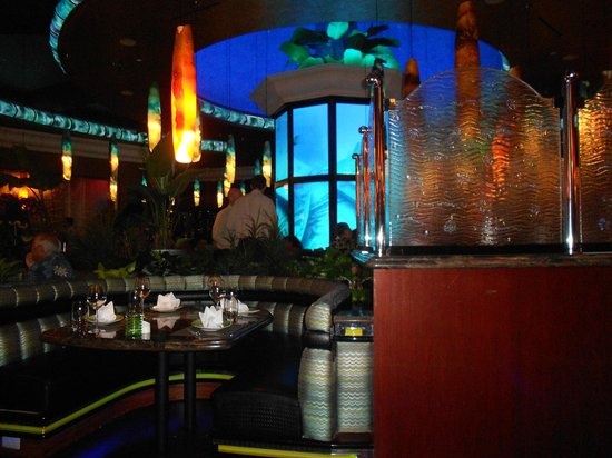 Reno Restaurants Best Place To Eat On Fremont Street