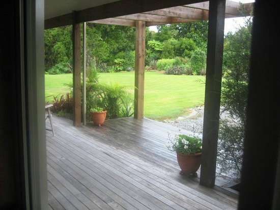 Kawhaka Lodge : View from the lounge window
