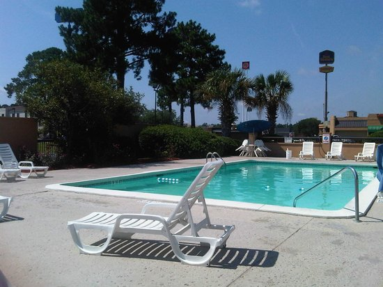 BEST WESTERN Savannah Gateway: pool4