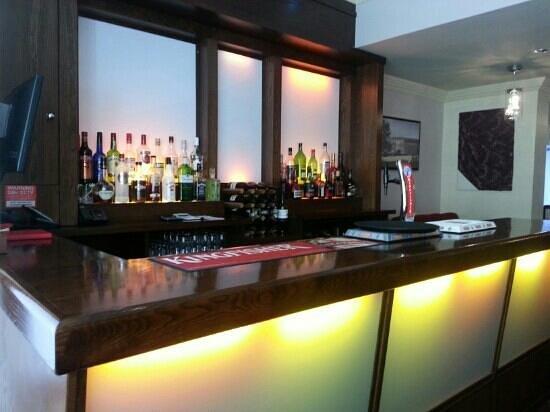 Ashoka: extensive menu and selected wines and beer
