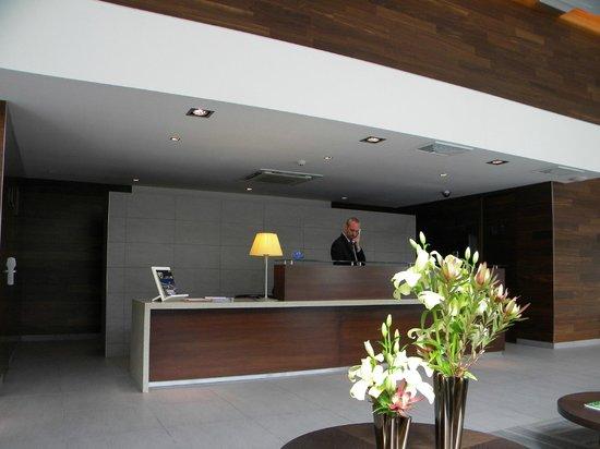 Presidente Suites Santiago: Recepção do hotel