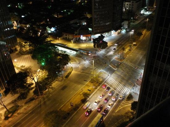 Golden Tower Hotel: Esquina da Rebouças e Faria Lima a partir da cobertura