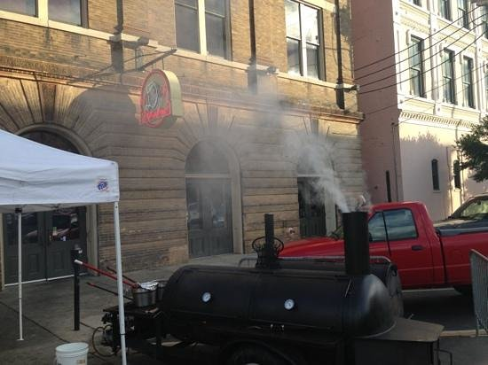 Dreamland BBQ: smoker Grill in Front of Restaurant