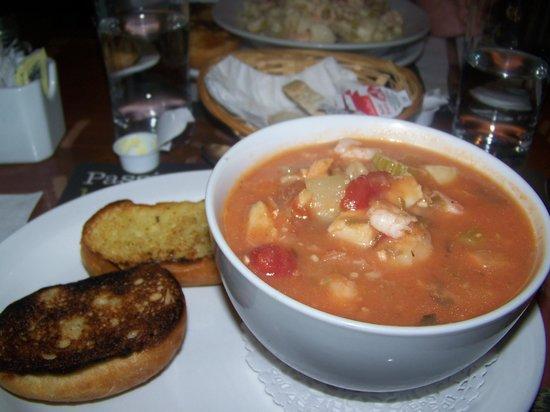 Café de l'Anse du Centre Culturel Le Griffon : Soupe repas de poisson
