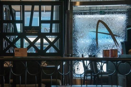Relais D'alsace Taverne Karlsbrau : intérieur