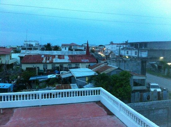 Las Palmas Hotel: VIEW FROM BALCONY