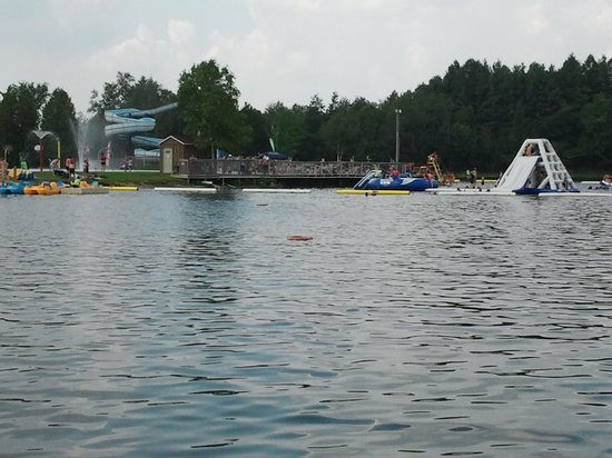 Emerald Lake RV Resort and Waterpark : Water Park