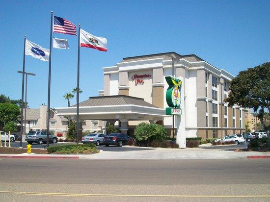 Hampton Inn San Diego - Kearny Mesa: Facade