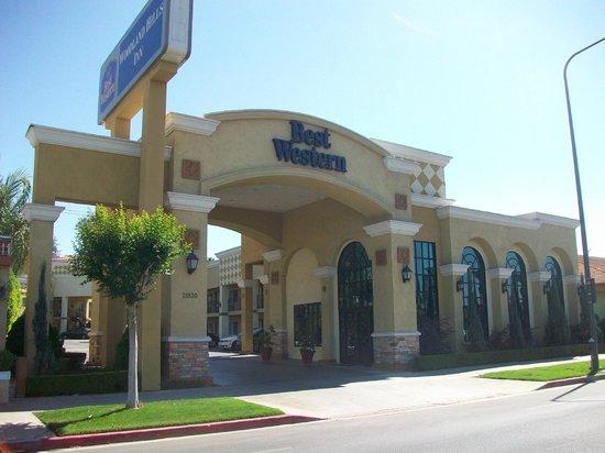 Best Western Woodland Hills Inn: Facade