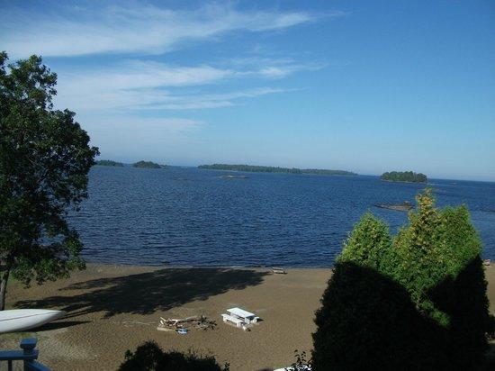 Auberge Des Iles : vue sur le Lac St-Jean