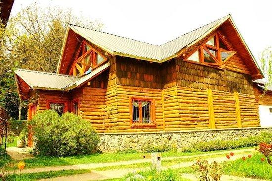 La Camorra Hostel: El hostel realizado todo en madera