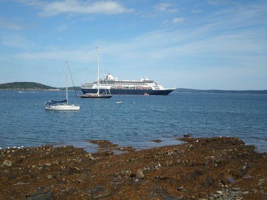 Shore Path: My Cruise Ship
