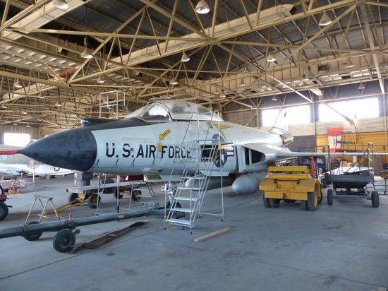Castle Air Museum: F-101 under restoration in Apron Ave hanger